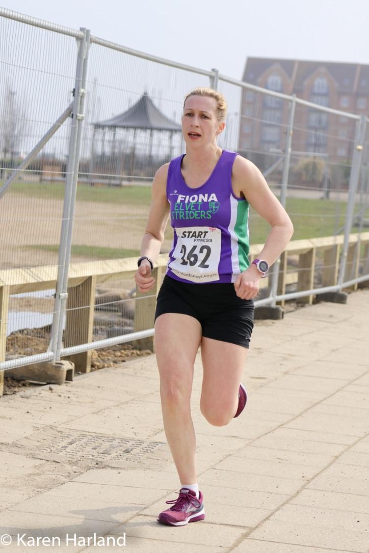 caterpillar shoes men 100m record running up pikes